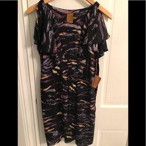 Never Worn Ali Ro Dress, size 6